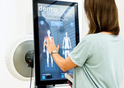 Automatisierte Ganzkörper Dokumentation mit DermoScan X2